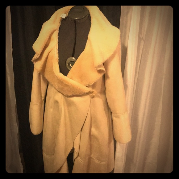 Donna Salyers Fabulous Furs Jackets & Blazers - Donna Salyers Fabulous Furs Wrap Around Jacket